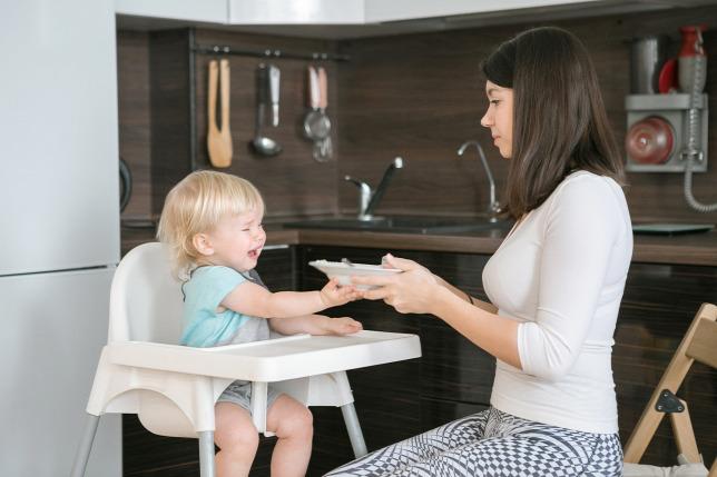30b0f4d69e Amikor csak kínlódik a baba, és nem akar, vagy nem tud enni, borzasztó  szorongás keríti hatalmába az édesanyákatForrás: Shutterstock