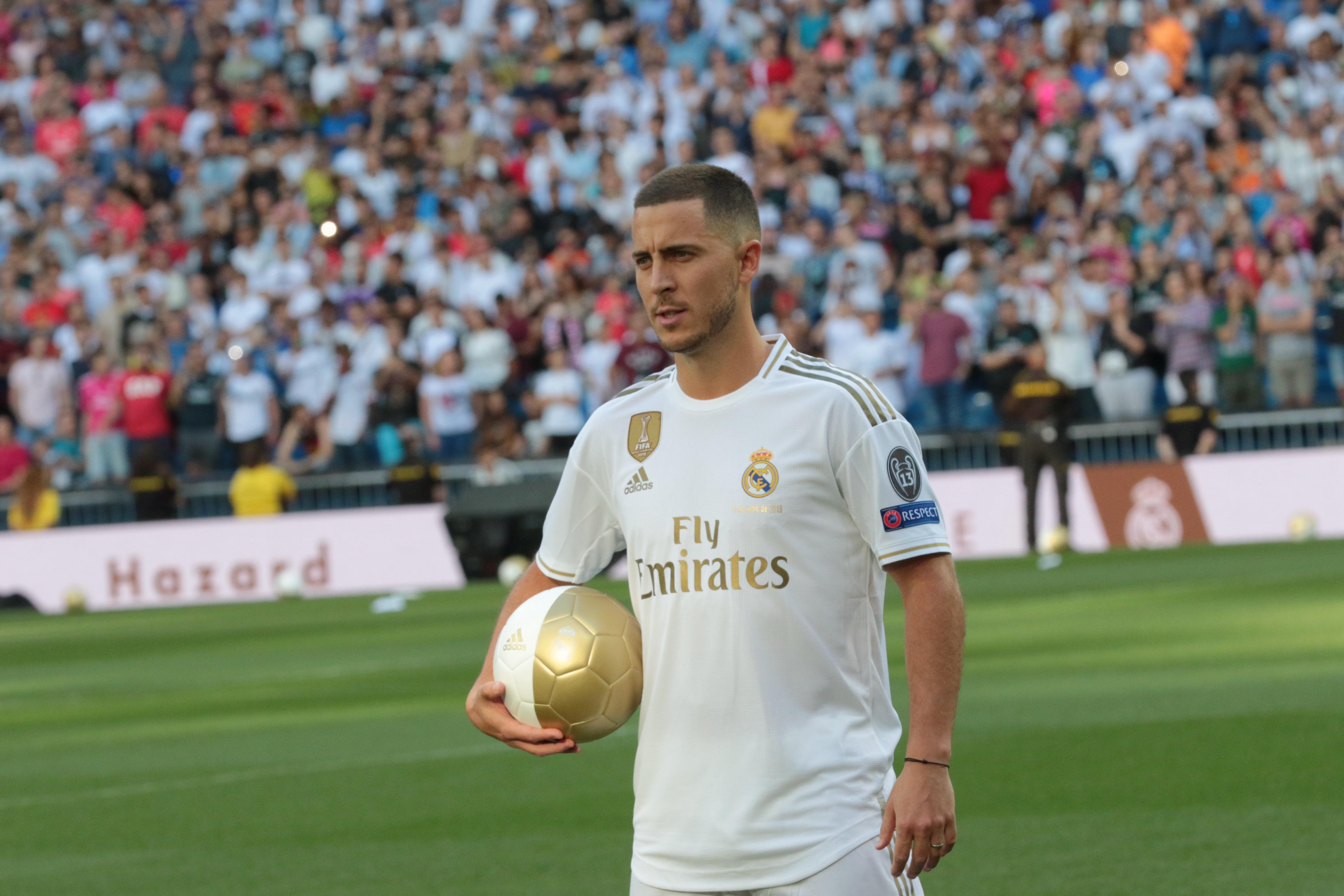 ce00e1ce9cc7 A madridi közönség már a bemutatása napján megalázta Eden Hazard-t - videó