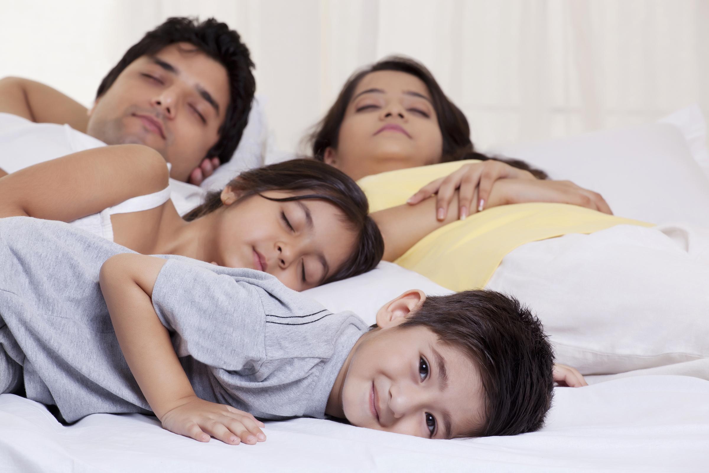 indiai szülők randi