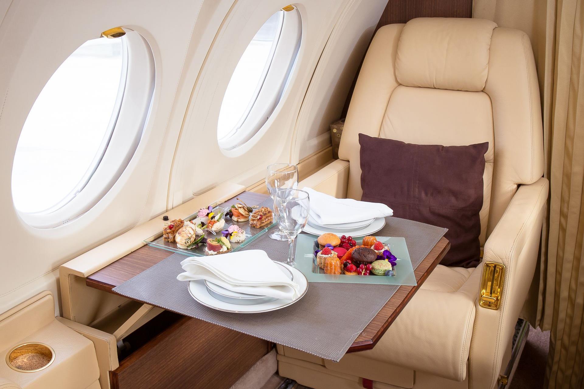 A repülőn még az étel íze is más. A dietetikus azt is..