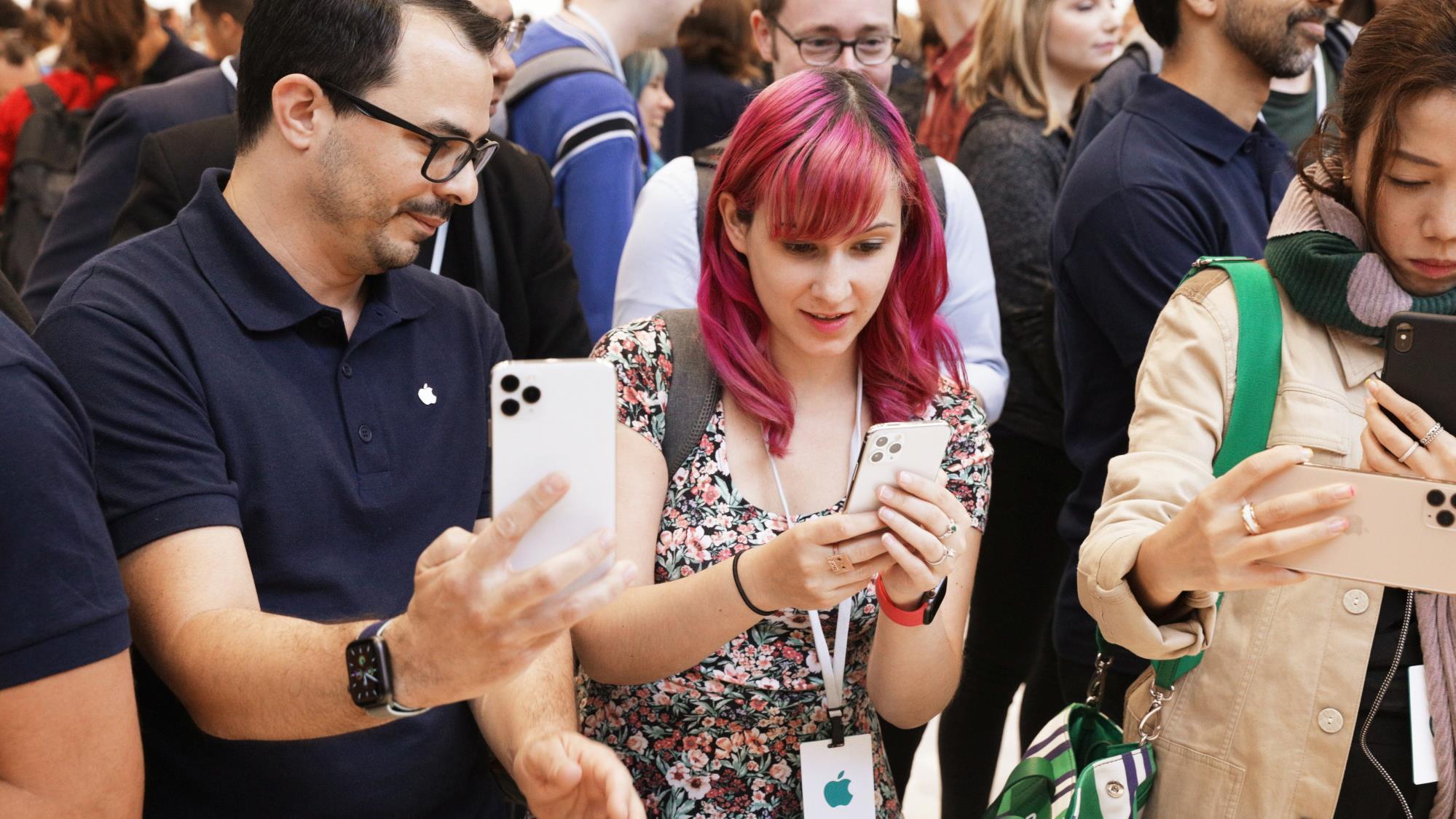 Többek közt iPhone forgalmazásába kezd az LG