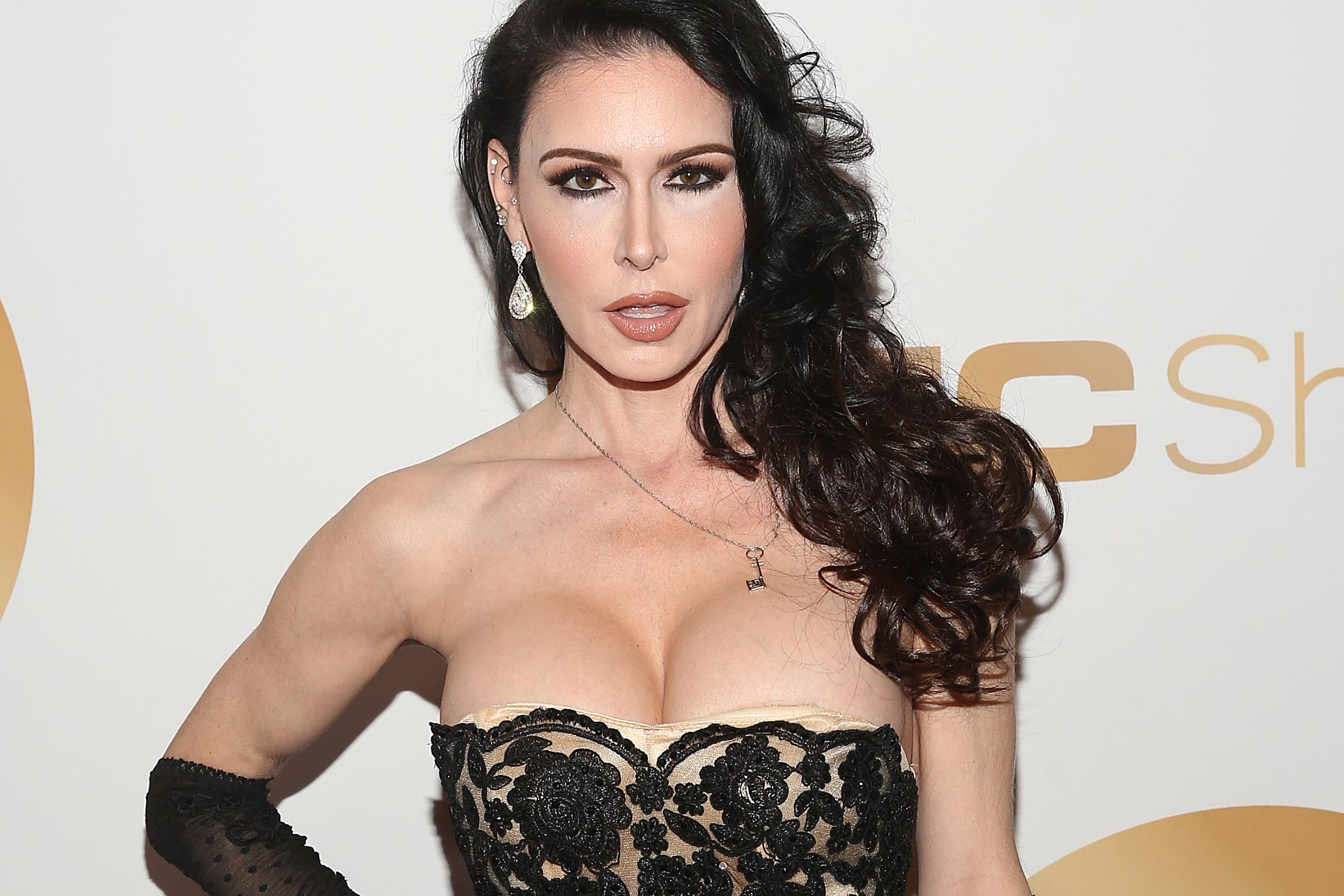 olasz pornó színésznő