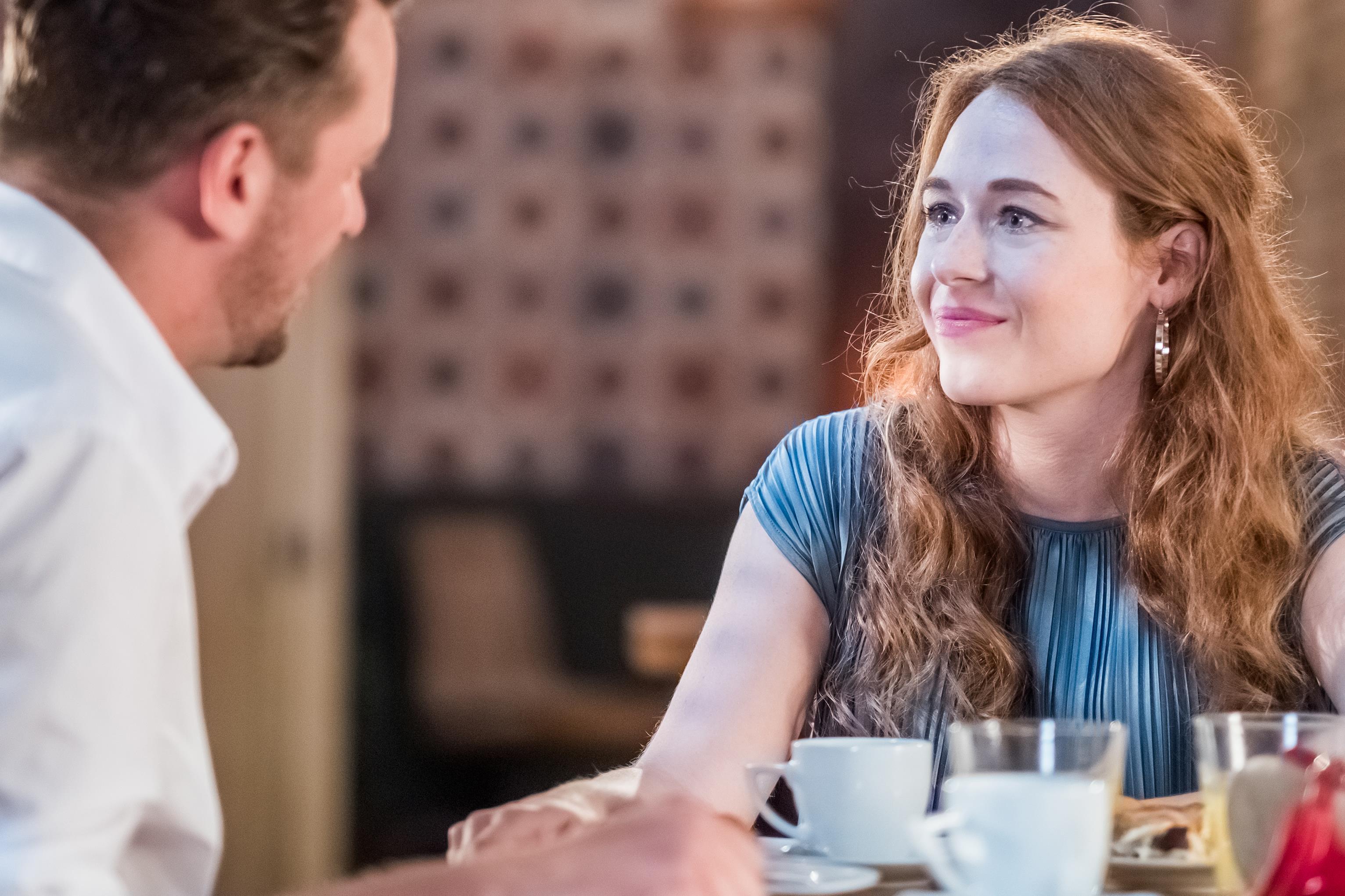 milyen korú lány kezdi randevúzni