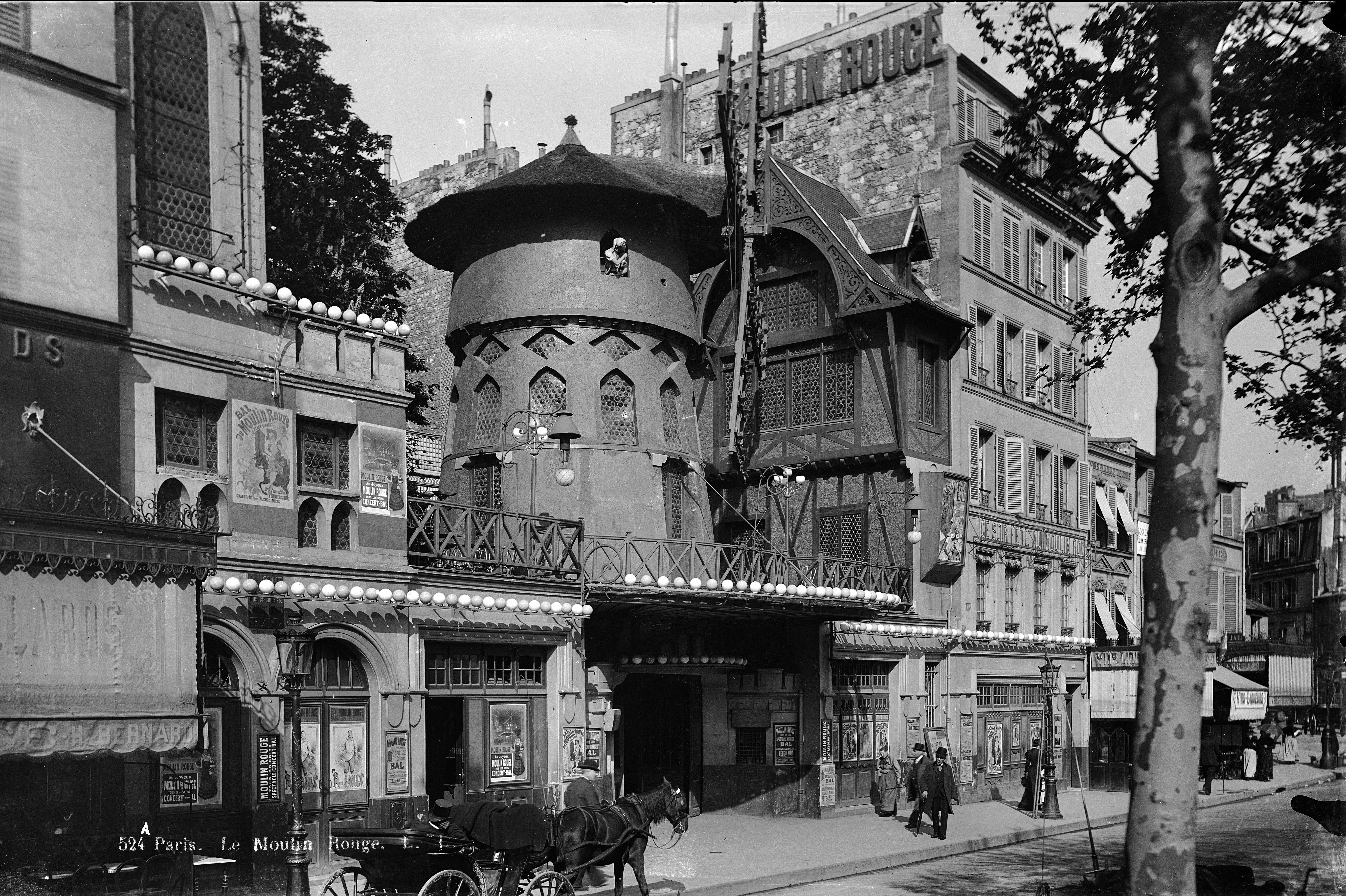 Látnivalók Párizsban: a Moulin Rouge - Messzi tájak Európa