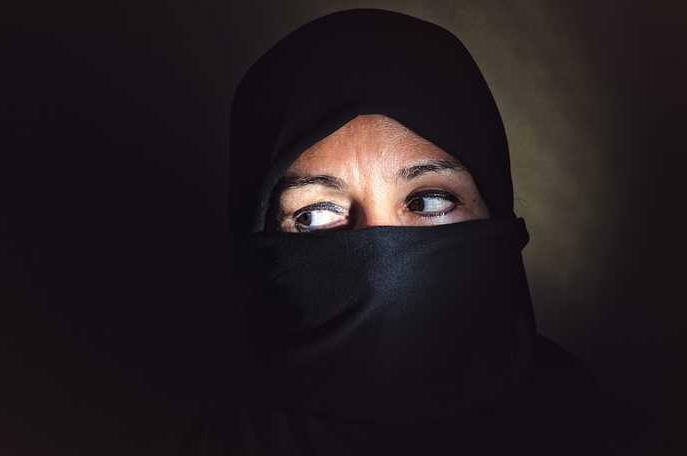 muszlim nőkkel szemben európában