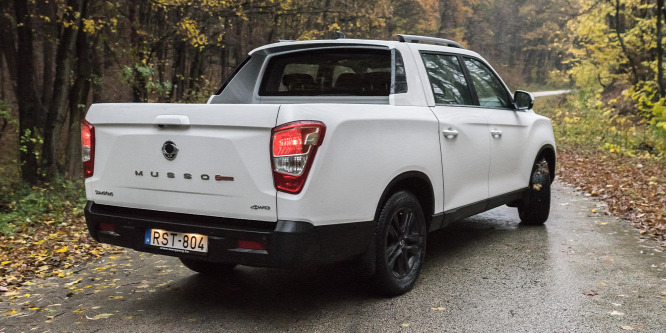 Ssangyong Musso Grand Pick-up