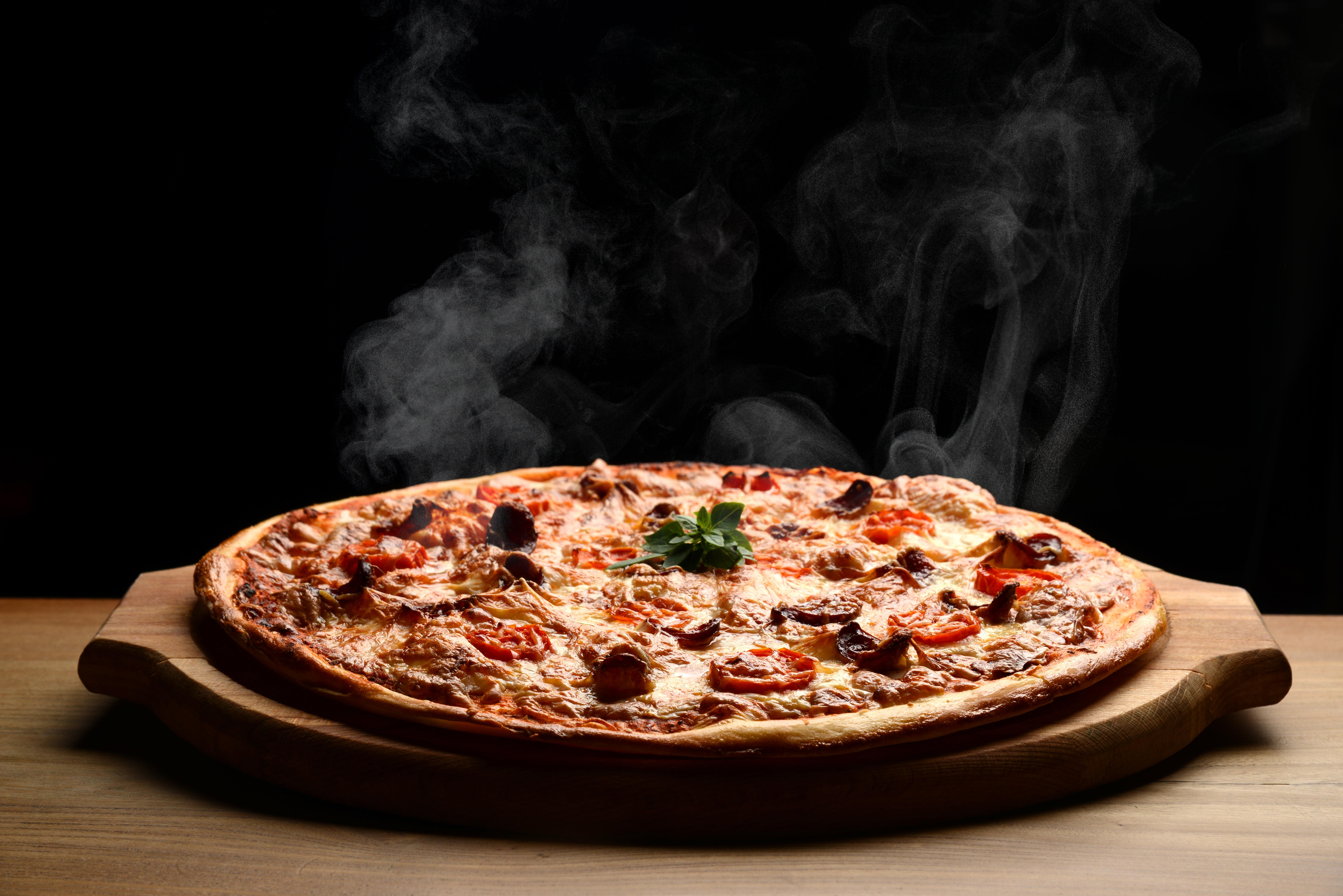 Már létezik vegán pizza is mű csirkehússal
