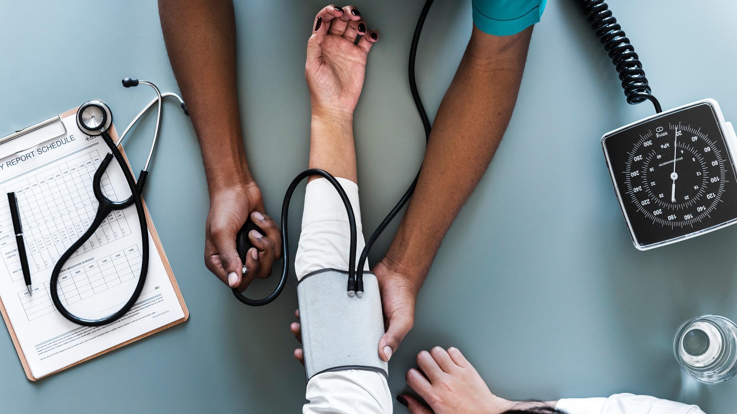 gyakorolja a magas vérnyomás nyomását