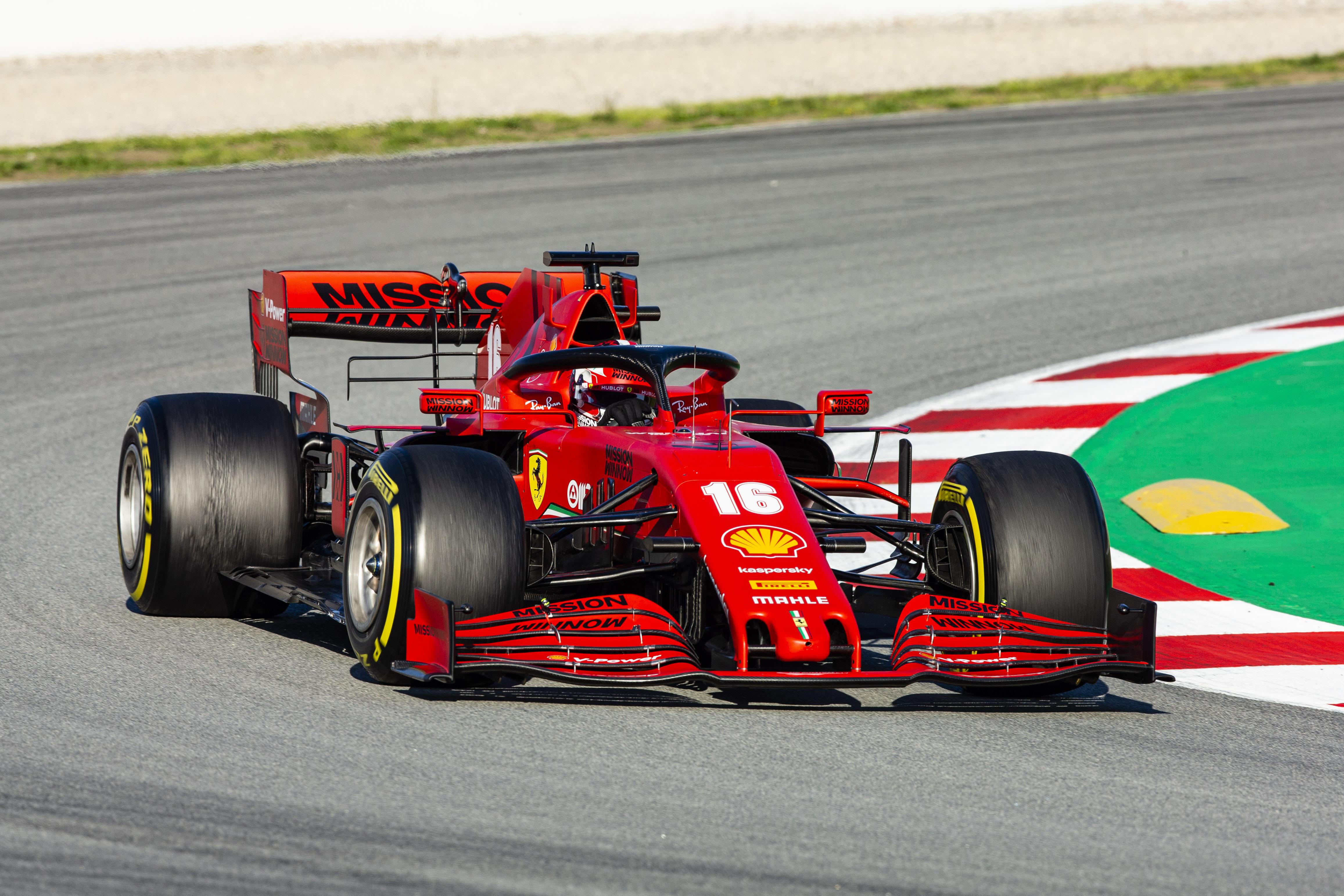 Leclerc: Ha az első versenyen le leszünk maradva, fel fogunk zárkózni