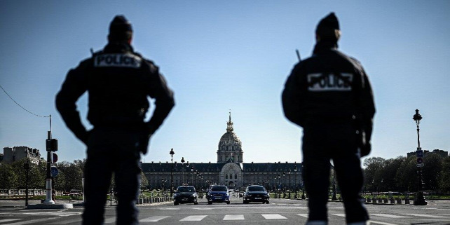 Forrás: https://phys.org/news/2020-03-virus-lockdown-big-dent-paris.html