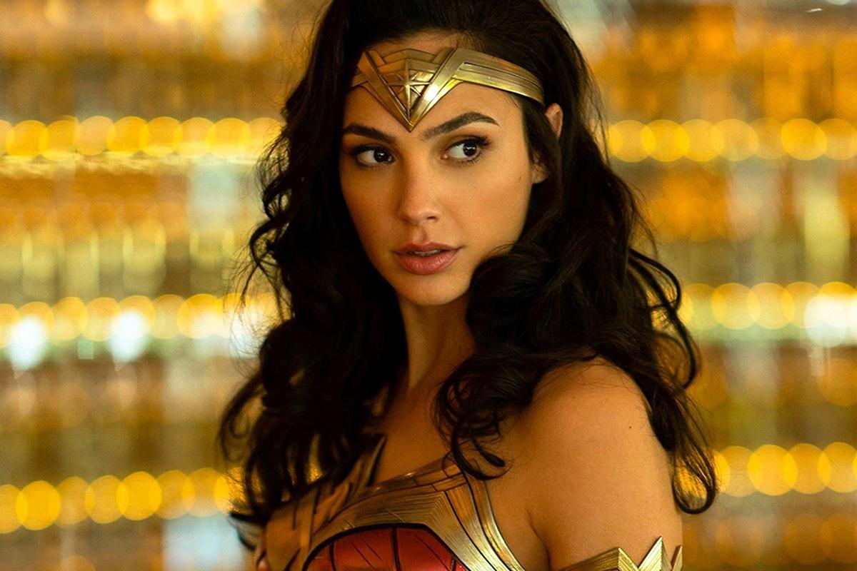 A Wonder Woman sztárja megmutatta kerekedő pocakját – Fotó