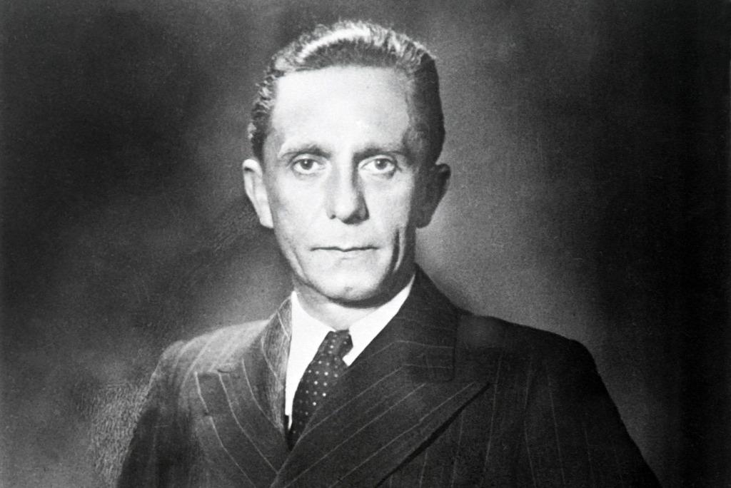 Goebbelst testi fogyatékossága ellenére is imádták a nők.