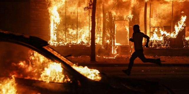 Forrás: MTI/AP/John Minchillo