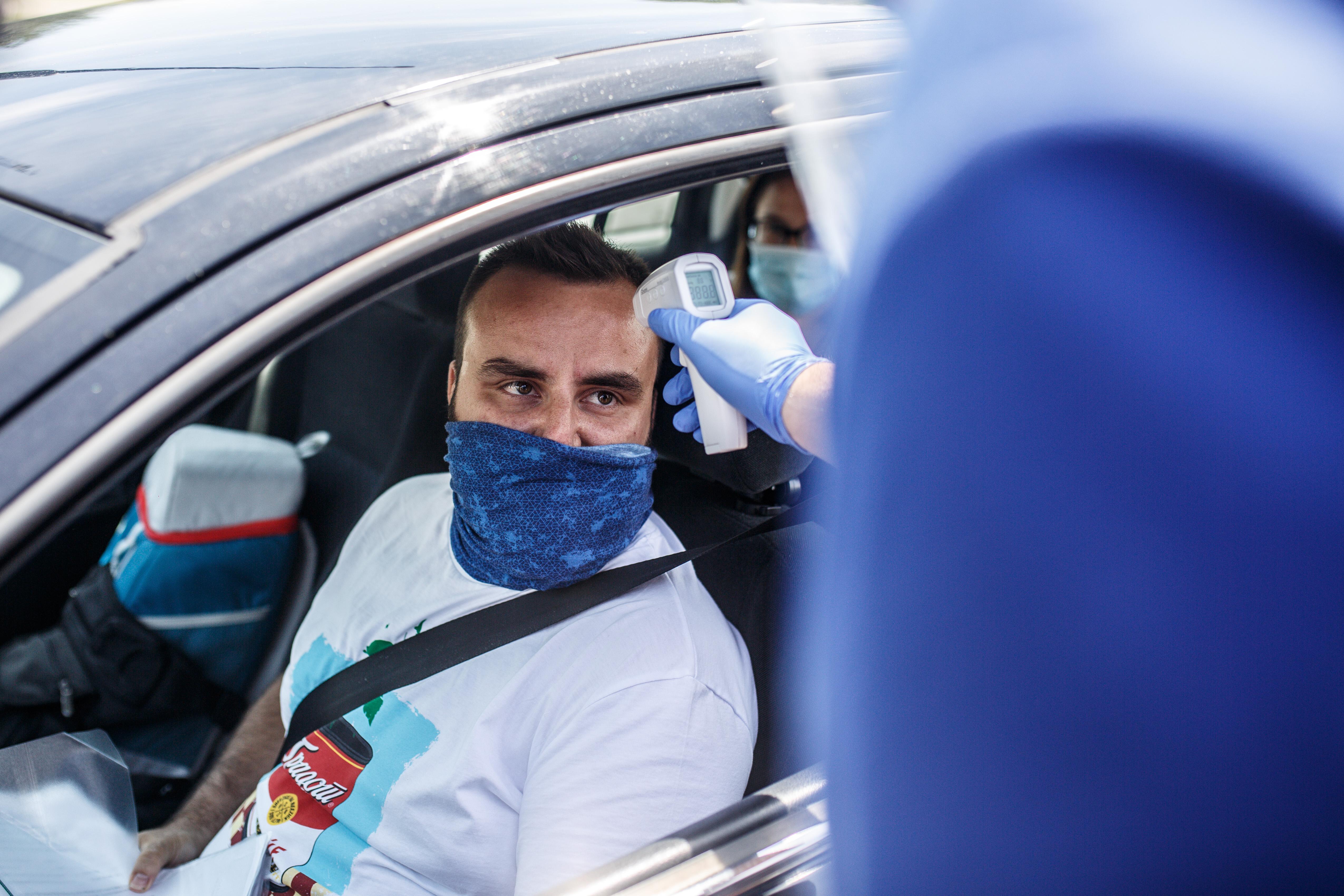 Újabb szigorítások Európában: egyre erősebben terjed a koronavírus