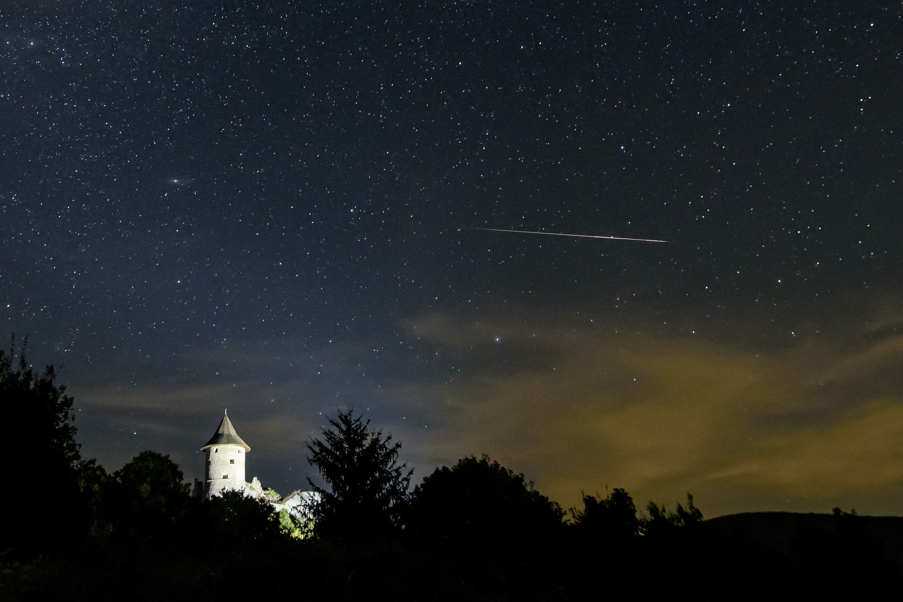 Félelmetes zöld meteor csapódott a Földbe – Azt gondolják, ez egy ufótámadás kezdete