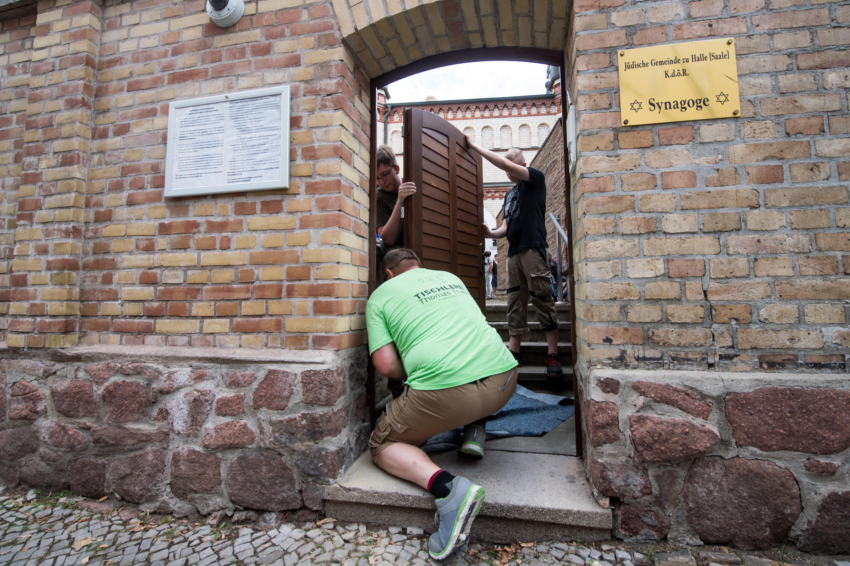 A terrorcselekmények okozta gazdasági károkra adnak segélyt Németországban