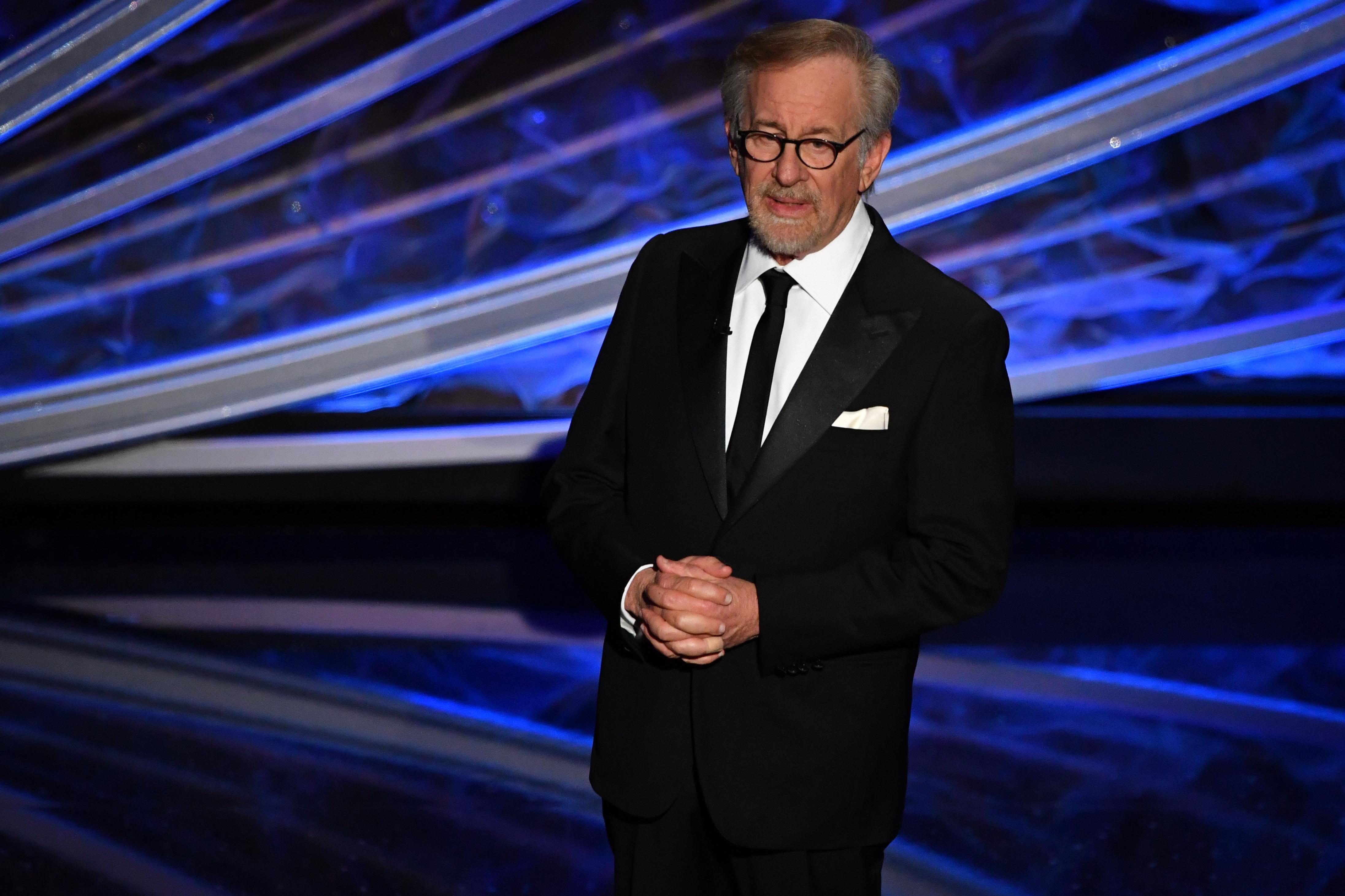 Nem lesz semmi Steven Spielberg méregdrága történelmi sorozatából