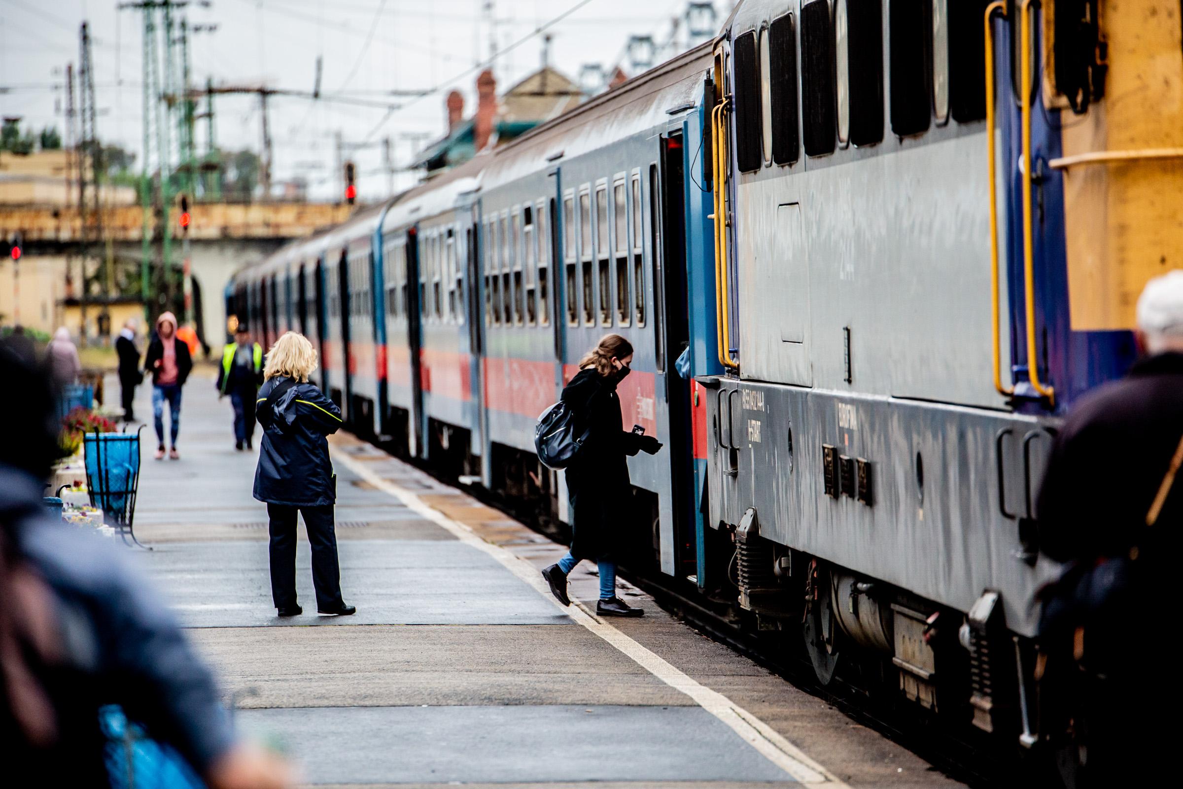 fogyni vonat