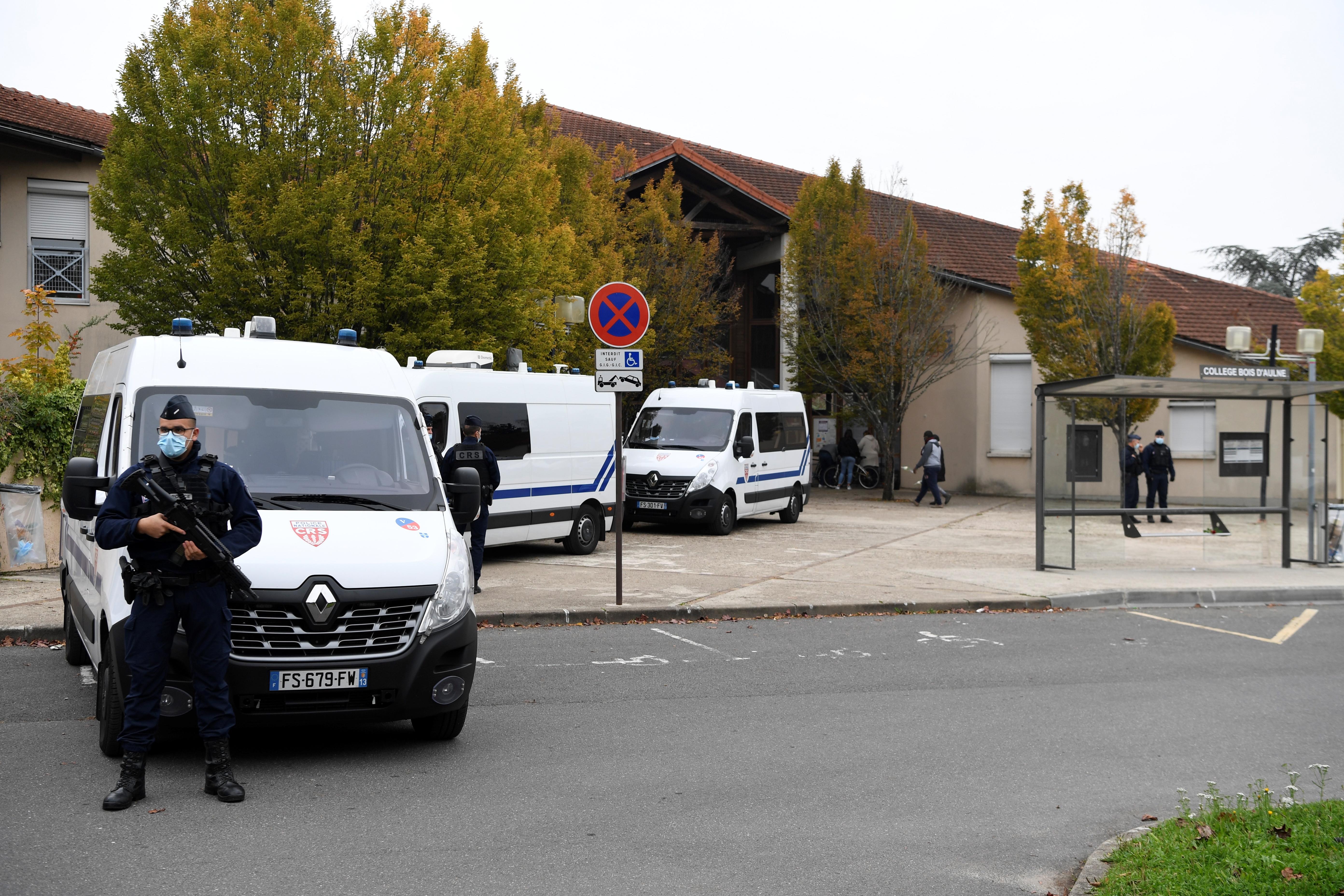 Mennyire hibás Franciaország, hogy egy muszlim bevándorló lefejezhetett egy történelemtanárt?