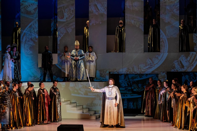 István, az opera, avagy a közmegegyezés boldog viharairól