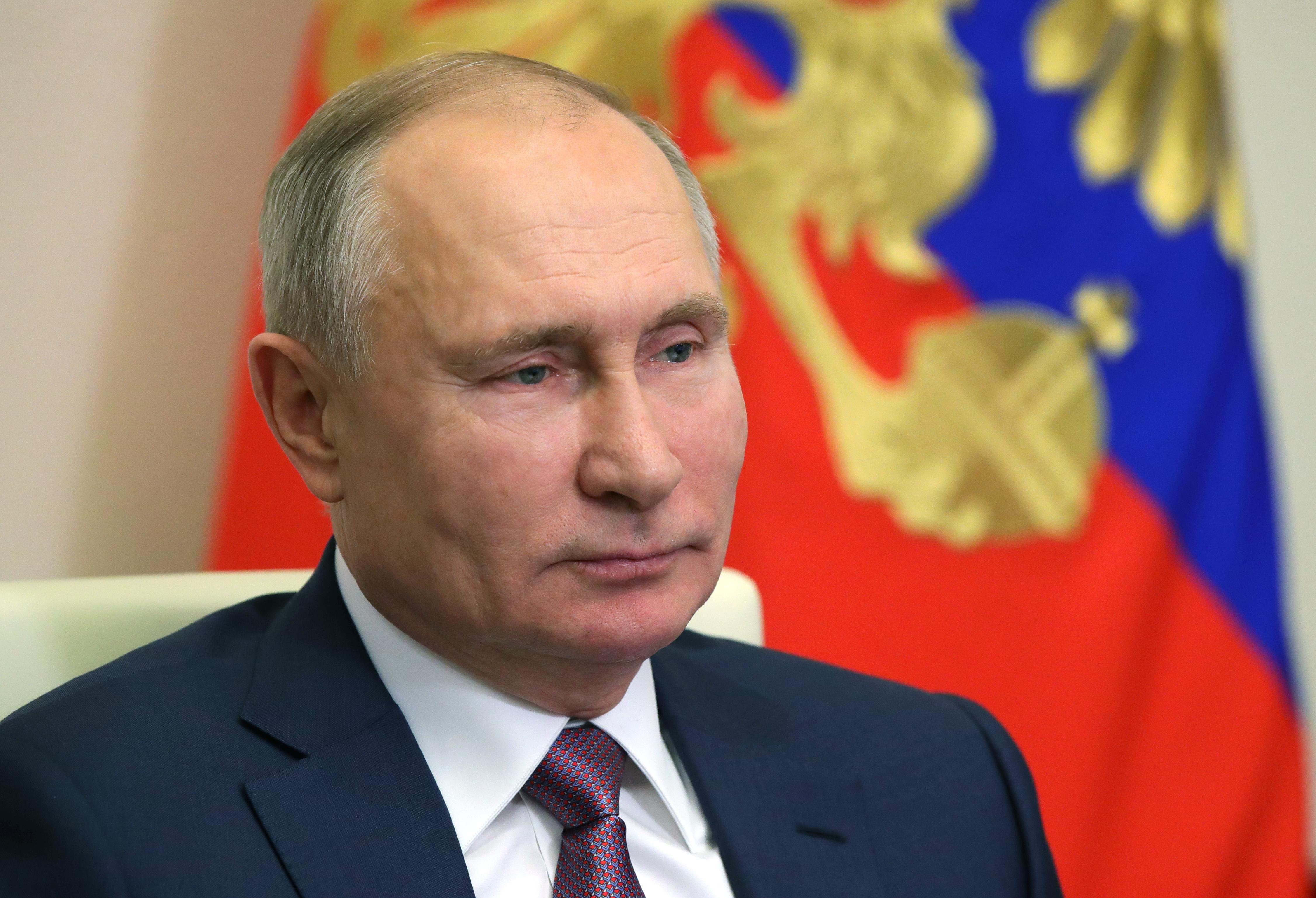 Az orosz elnök és a brit miniszterelnök együtt akar működni