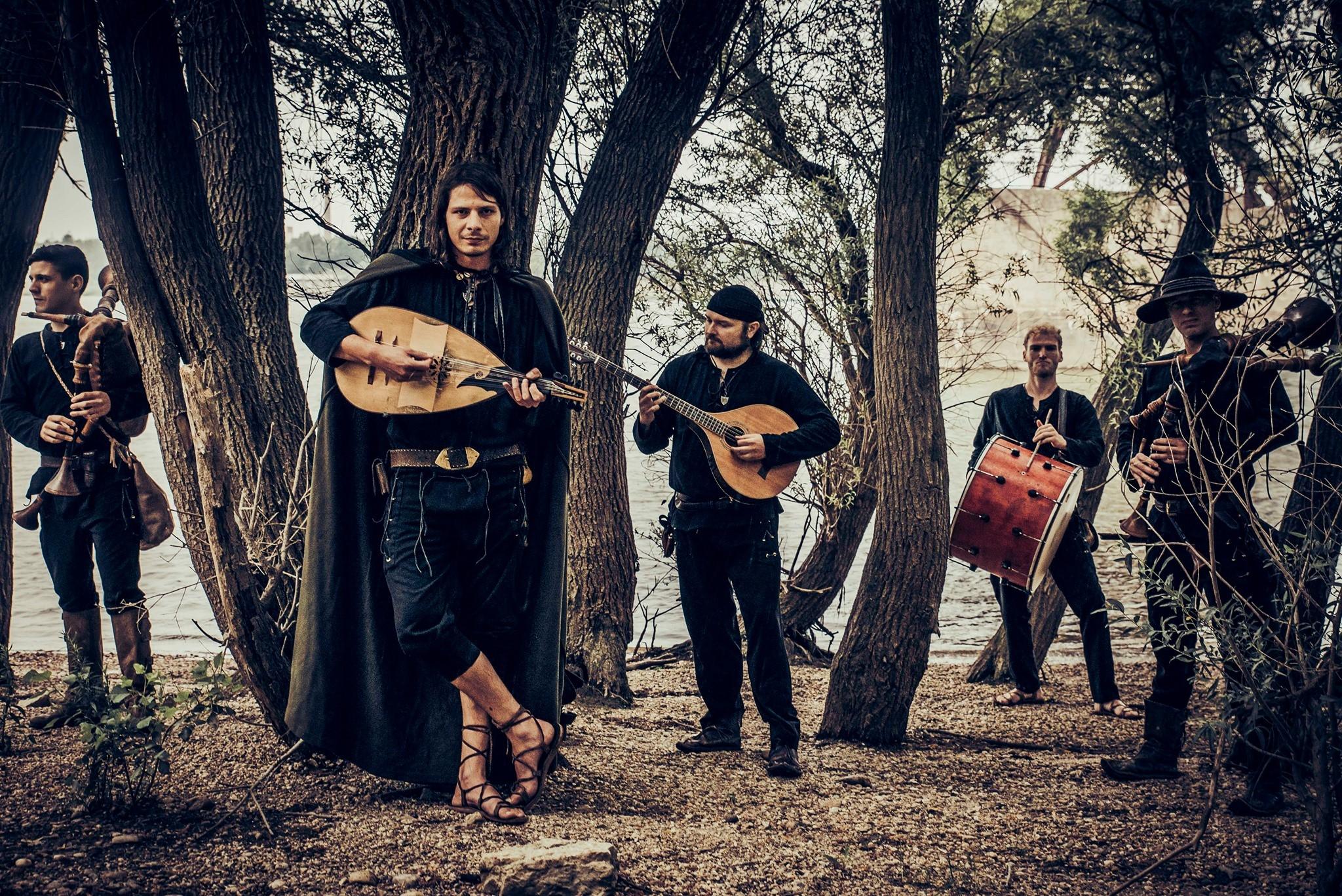 Zenés hétvége elé nézünk – Minimál tangó és középkori világzene is várja a rajongókat