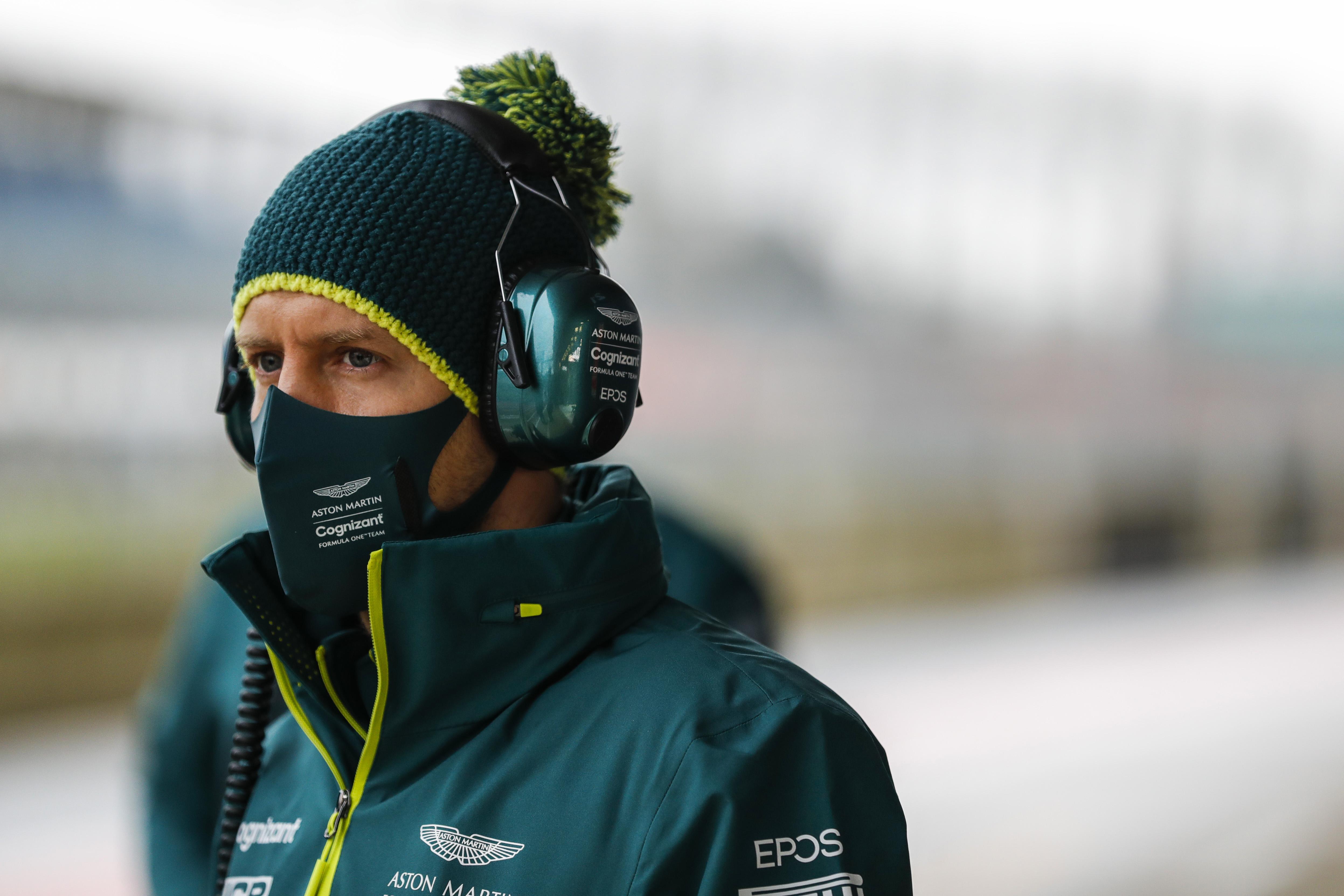 Itt az alkalom, hogy Vettel bosszút álljon a Ferrarin, de ő nem így gondolkodik