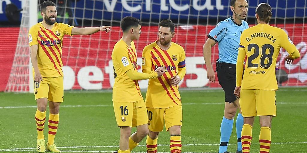 Messi két gólpasszt adott, idegenben nyert a Barcelona - videó