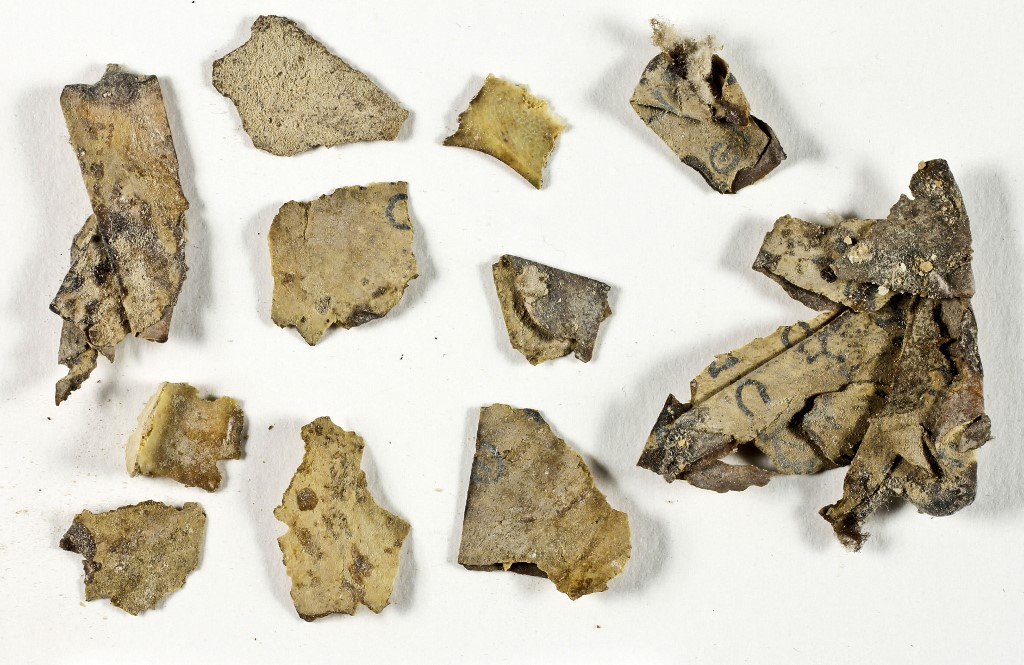 Új bibliatekercseket találtak az izraeli Borzalmak barlangjában