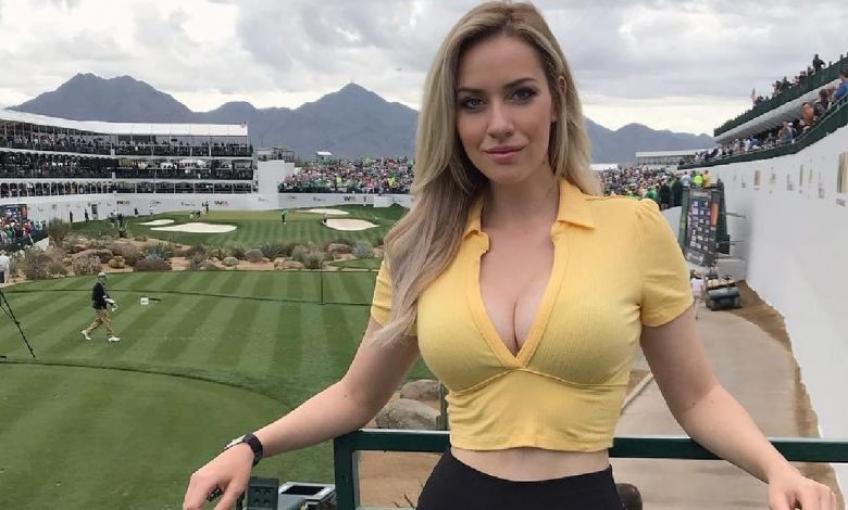 A világ legszexibb golfozónőjét távcsővel figyelték a férfiak játék közben