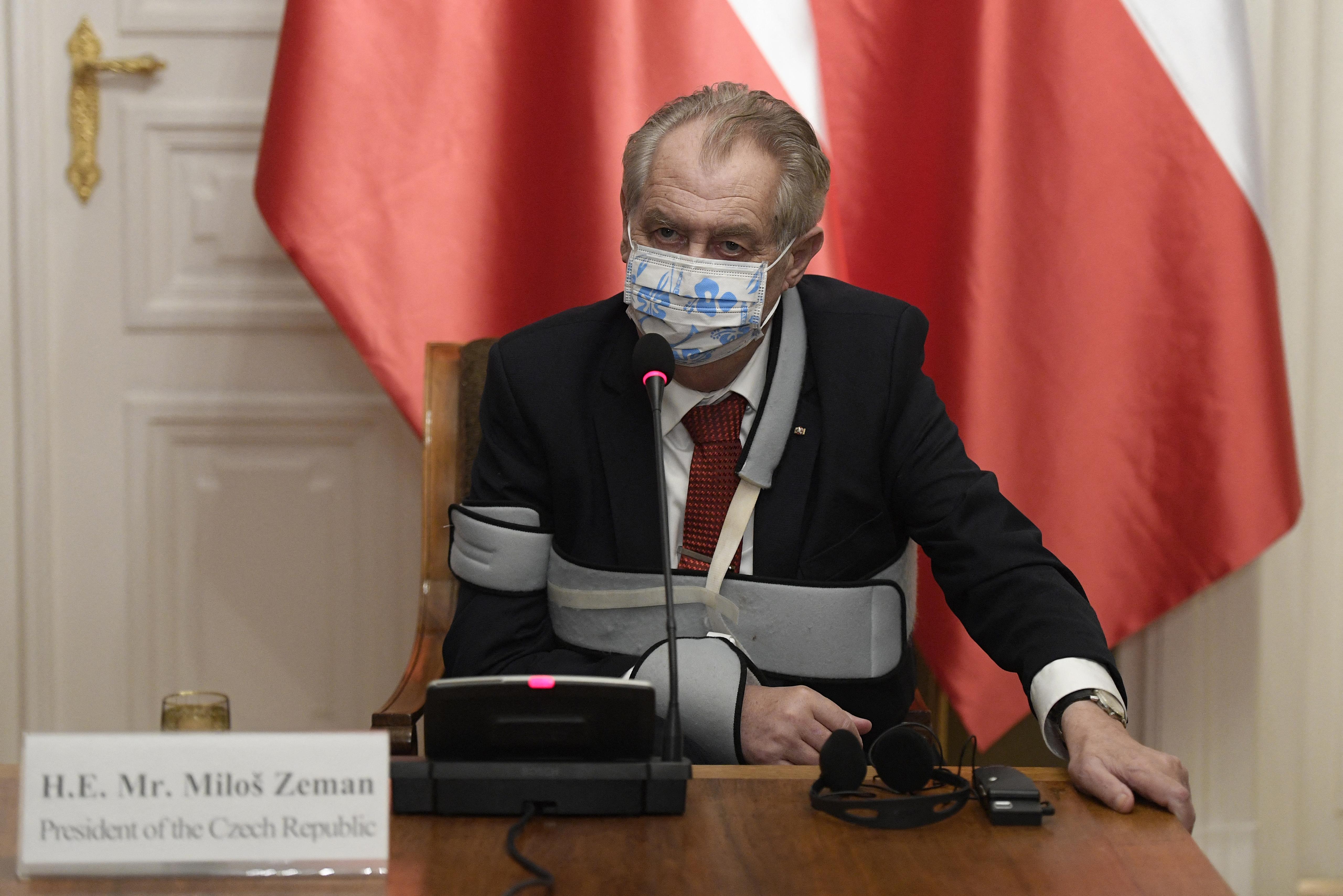 Tolószékbe került Milos Zeman cseh államfő