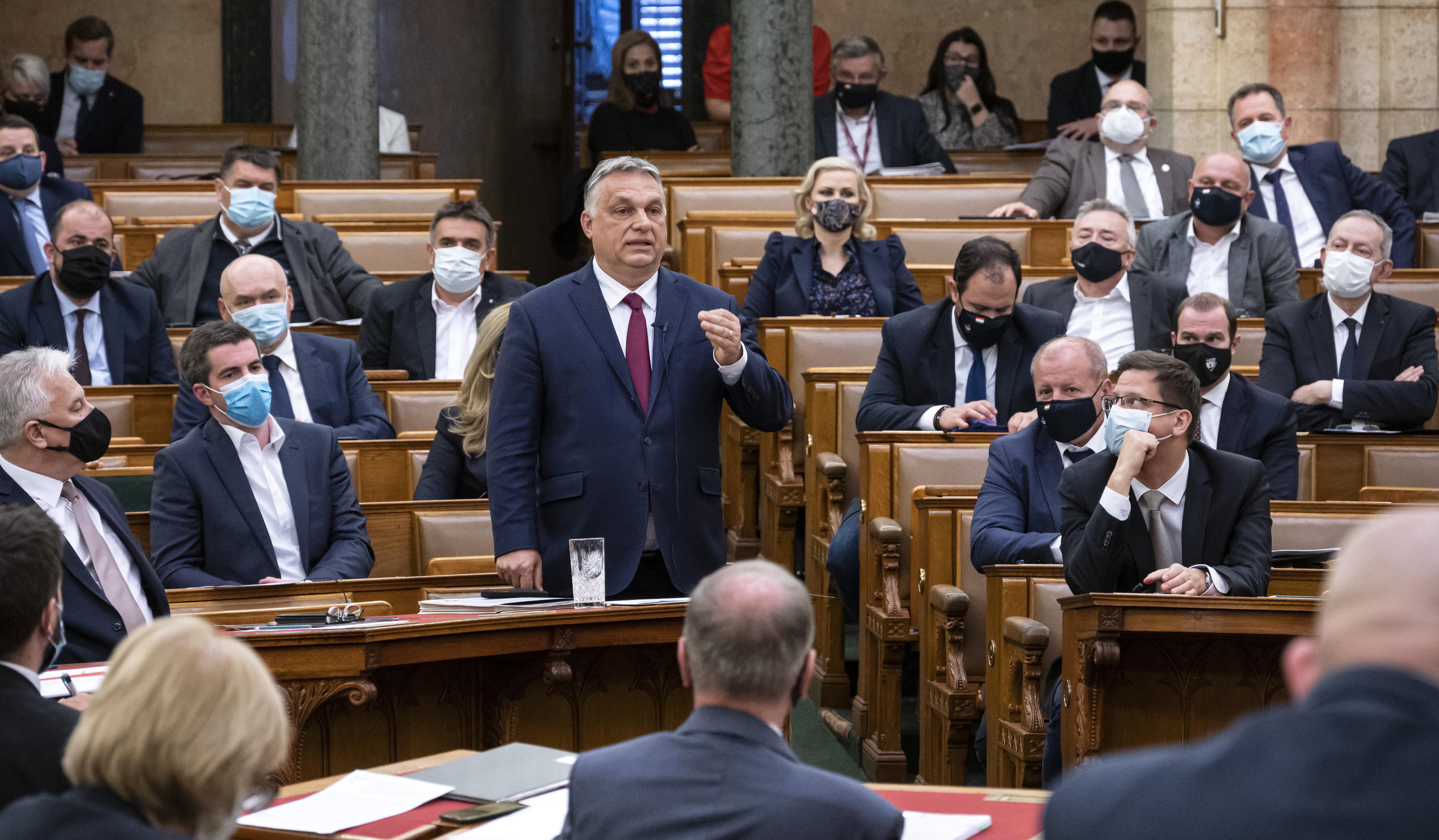 Orbán Viktor azonnali kérdésekre válaszol - Kövesse élőben az Origón!