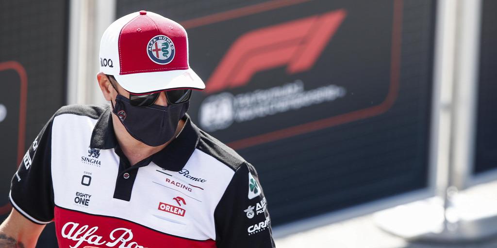 Räikkönen a csapat helyett kisfiától kapott eligazítást a balesete után