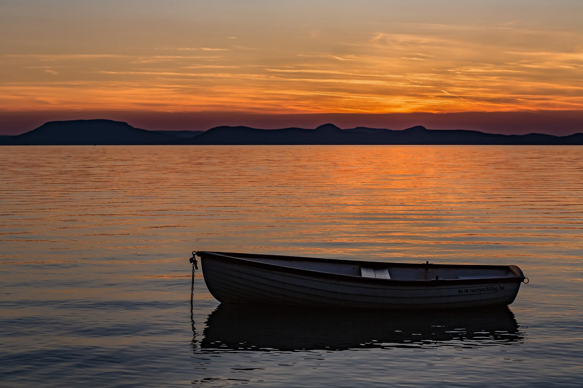 Csónakokat lopott egy ceglédi férfi és a társa