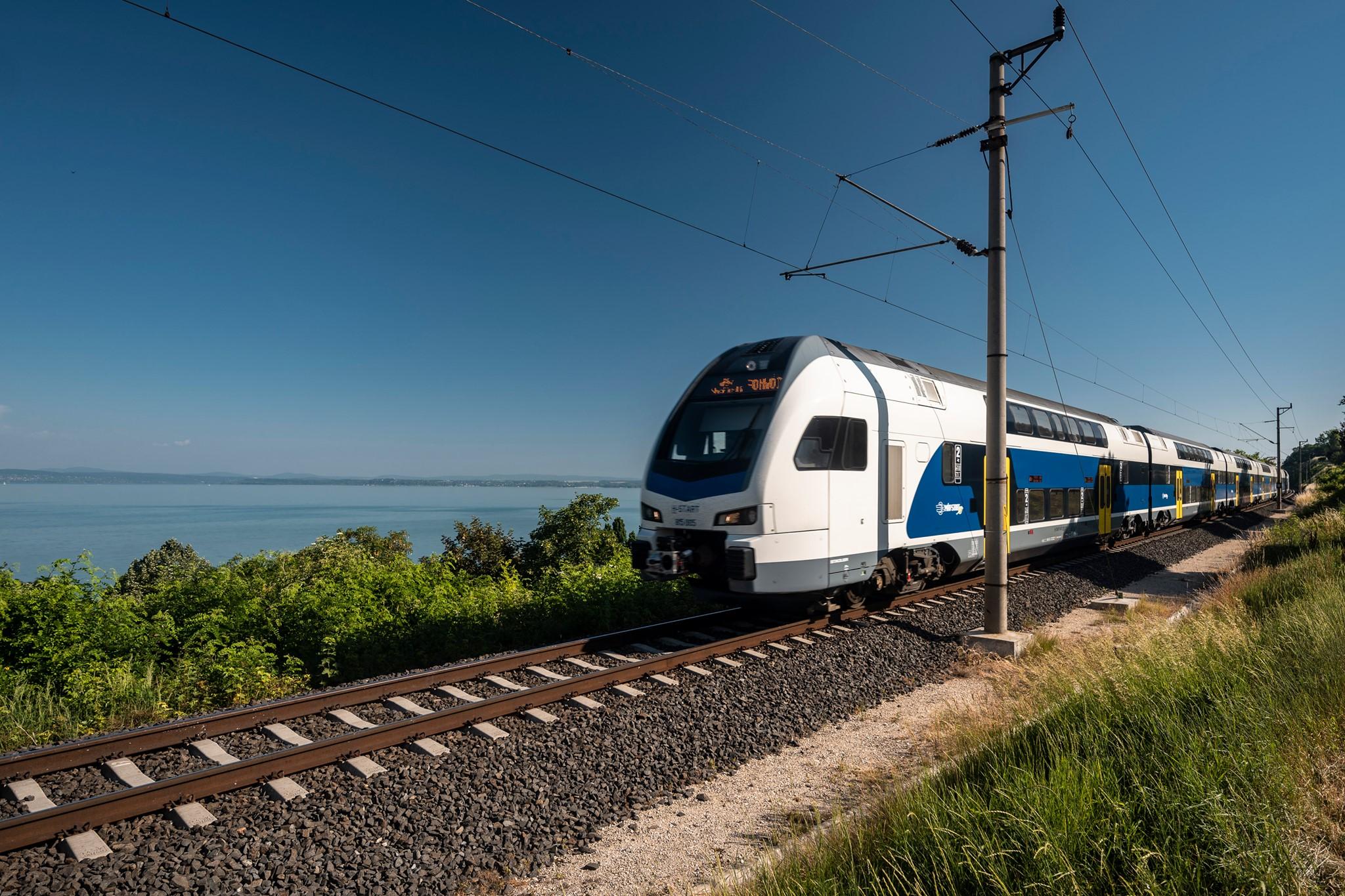 Fák dőltek ki, késnek a vonatok a Budapest-Debrecen-Nyíregyháza-Záhony vonalon