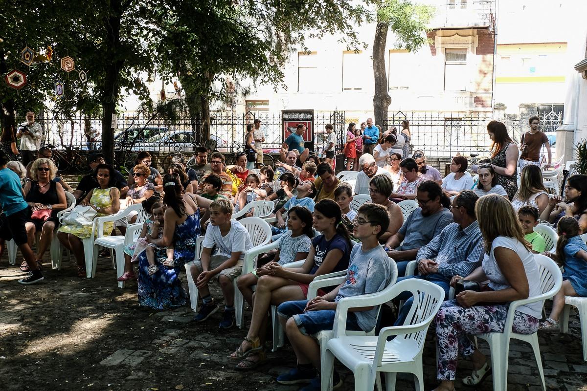 Kertben és piacon is láthatnak előadást a nyár egyik leghangulatosabb színházi fesztiválján