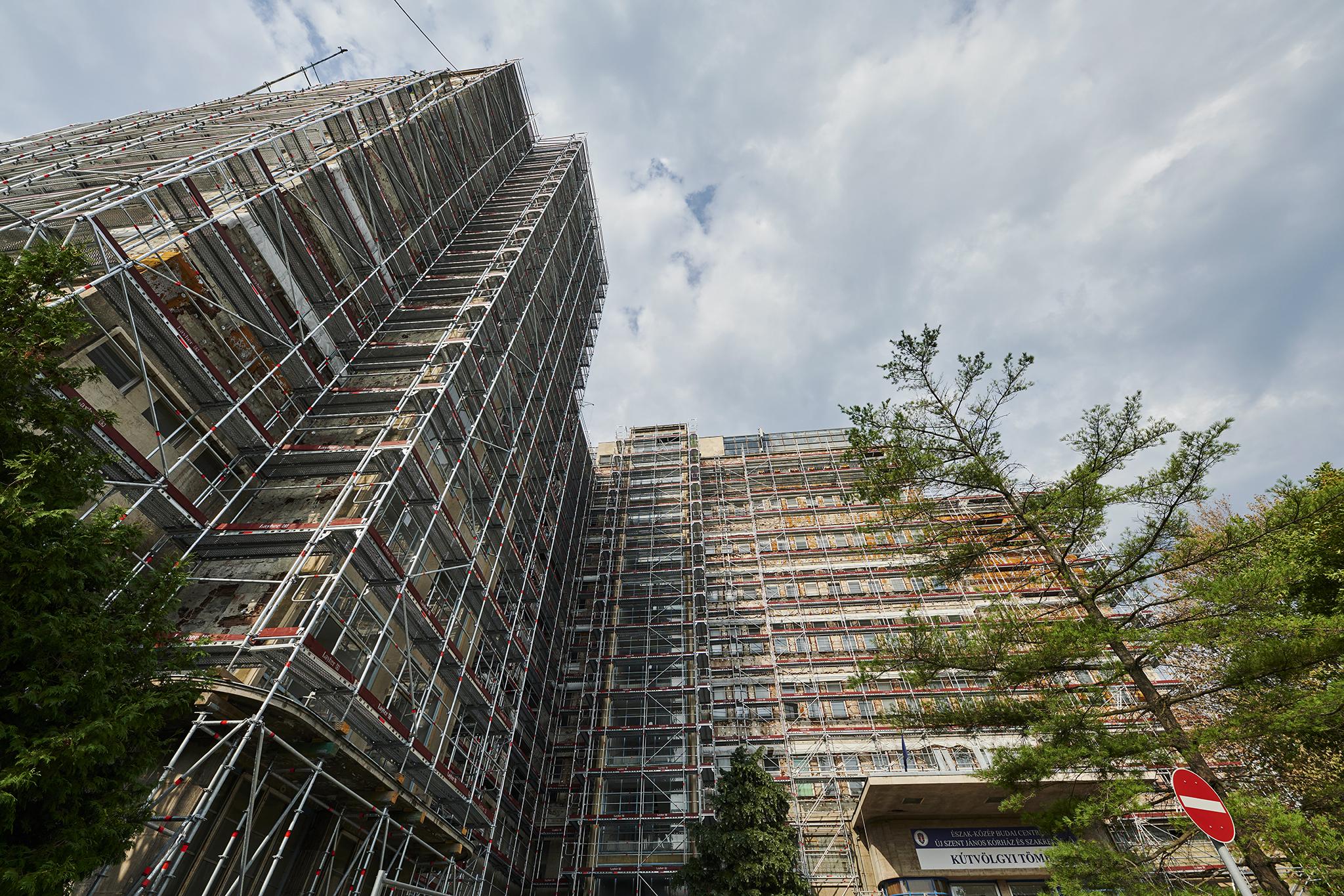 Különleges megoldással újul meg a legendás Kútvölgyi toronyépülete - galéria