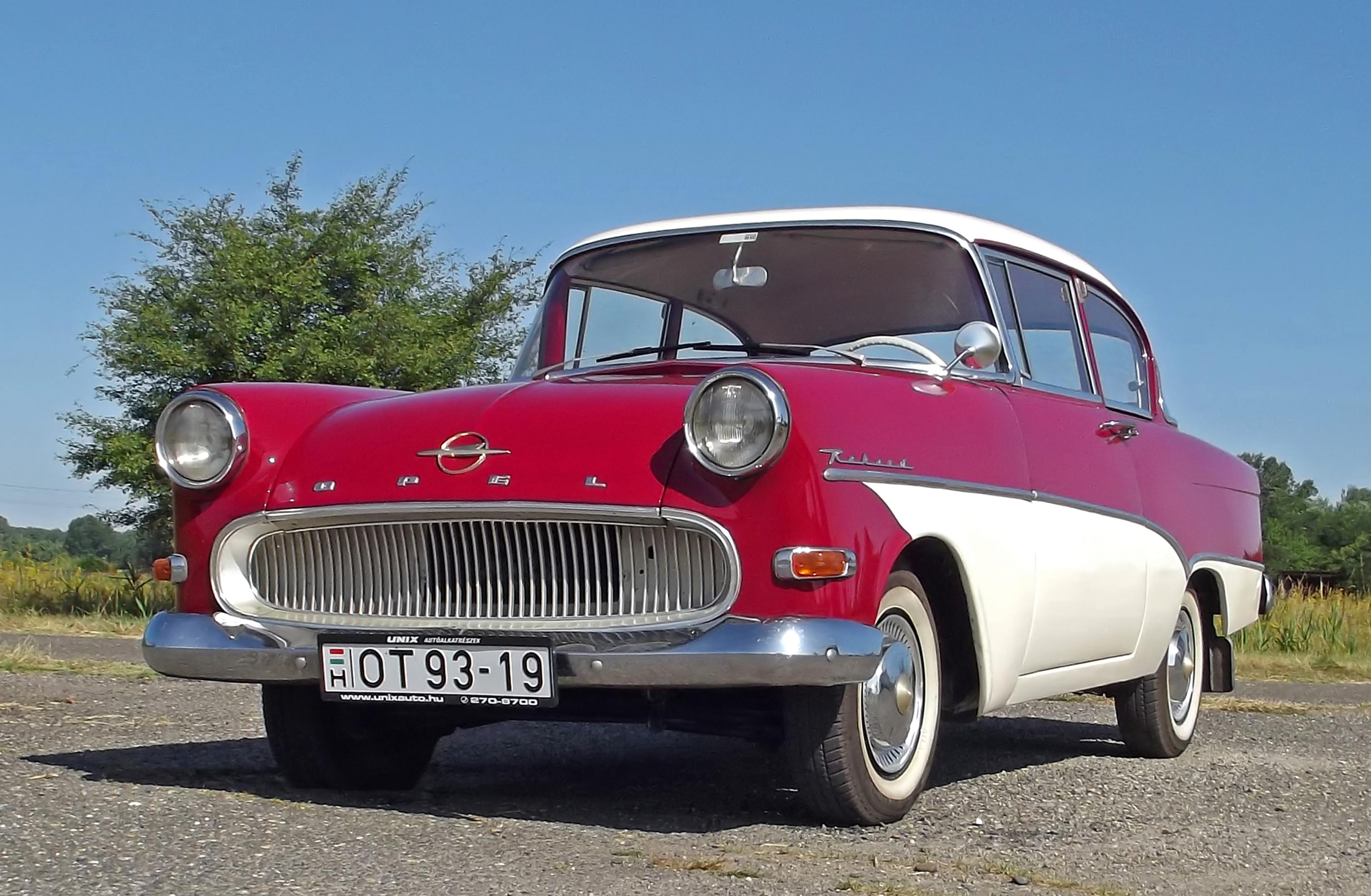 Amerikai álom európai léptékben - Opel Rekord P1 (1960) veteránteszt