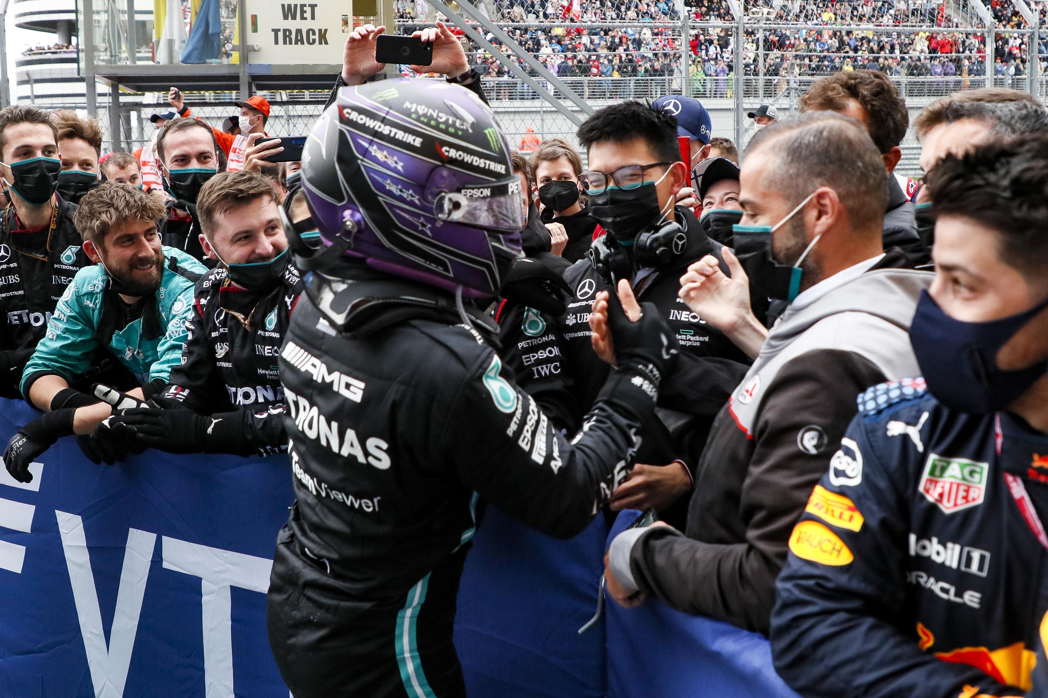 A Mercedes nem elsősorban a győzelemre, hanem Verstappenre figyelt