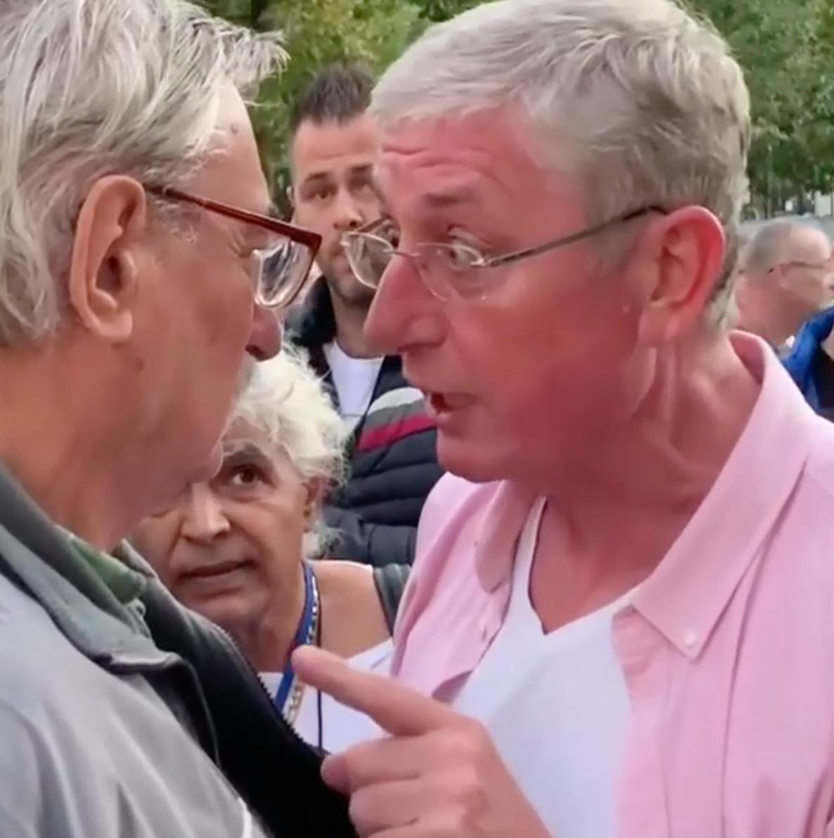Üzent Gyurcsánynak az idős férfi, akire a DK elnöke rákiabált Debrecenben - részletek Bagi Iván álhíradójában