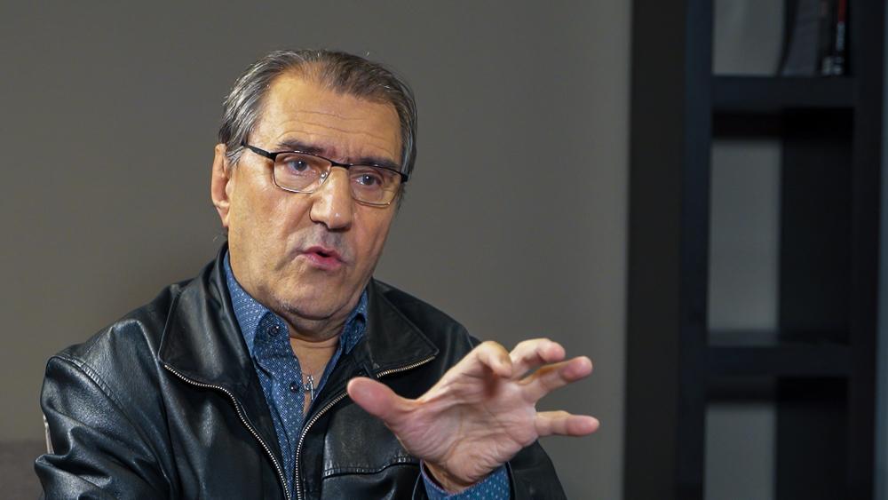 Így fenyegette meg a nagy magyar színészt a baloldal, amikor hatalomra jutott