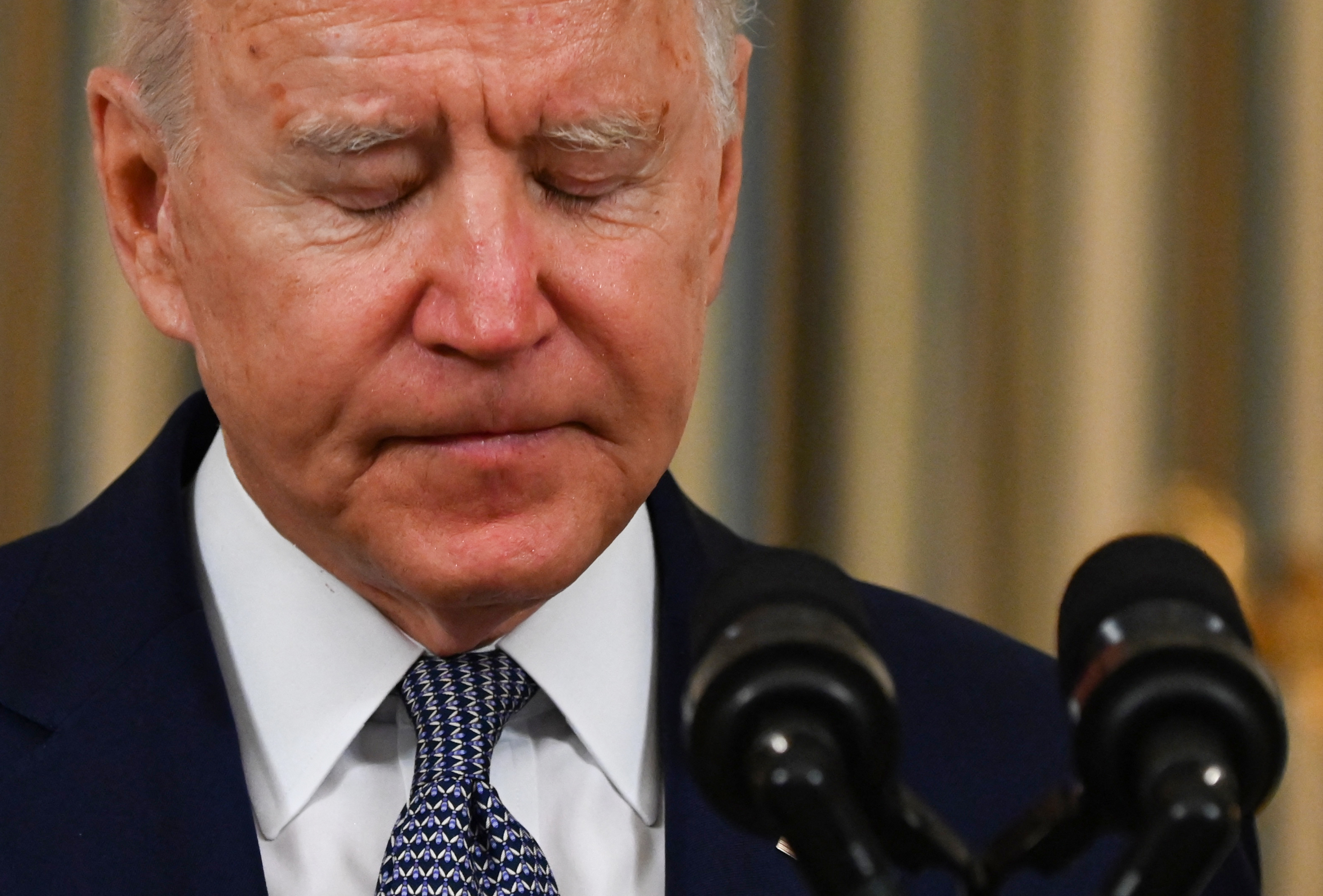 Egyre több a botrány, egyre nevetségesebbé válik Joe Biden
