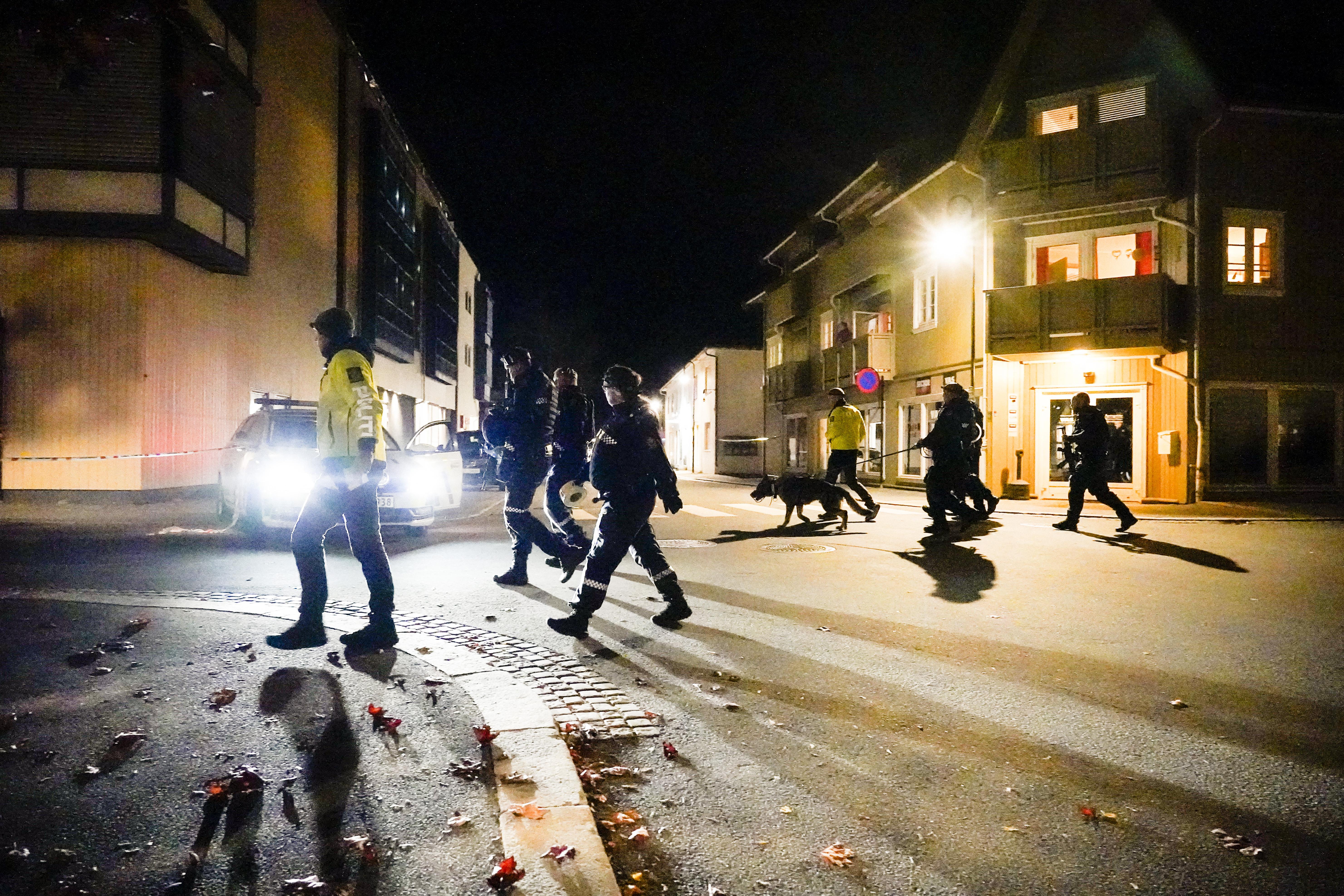 Íjjal lövöldözött egy férfi egy norvég városban, több halott van