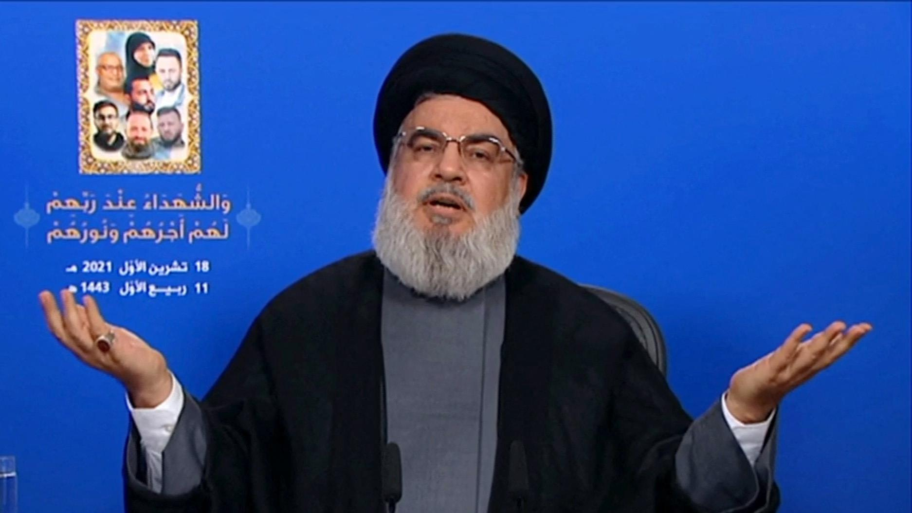 A sokak által terrorszervezetnek tartott Hezbollah vezetője arról hencegett, hogy százezer fegyverese és kiképzett harcosa van