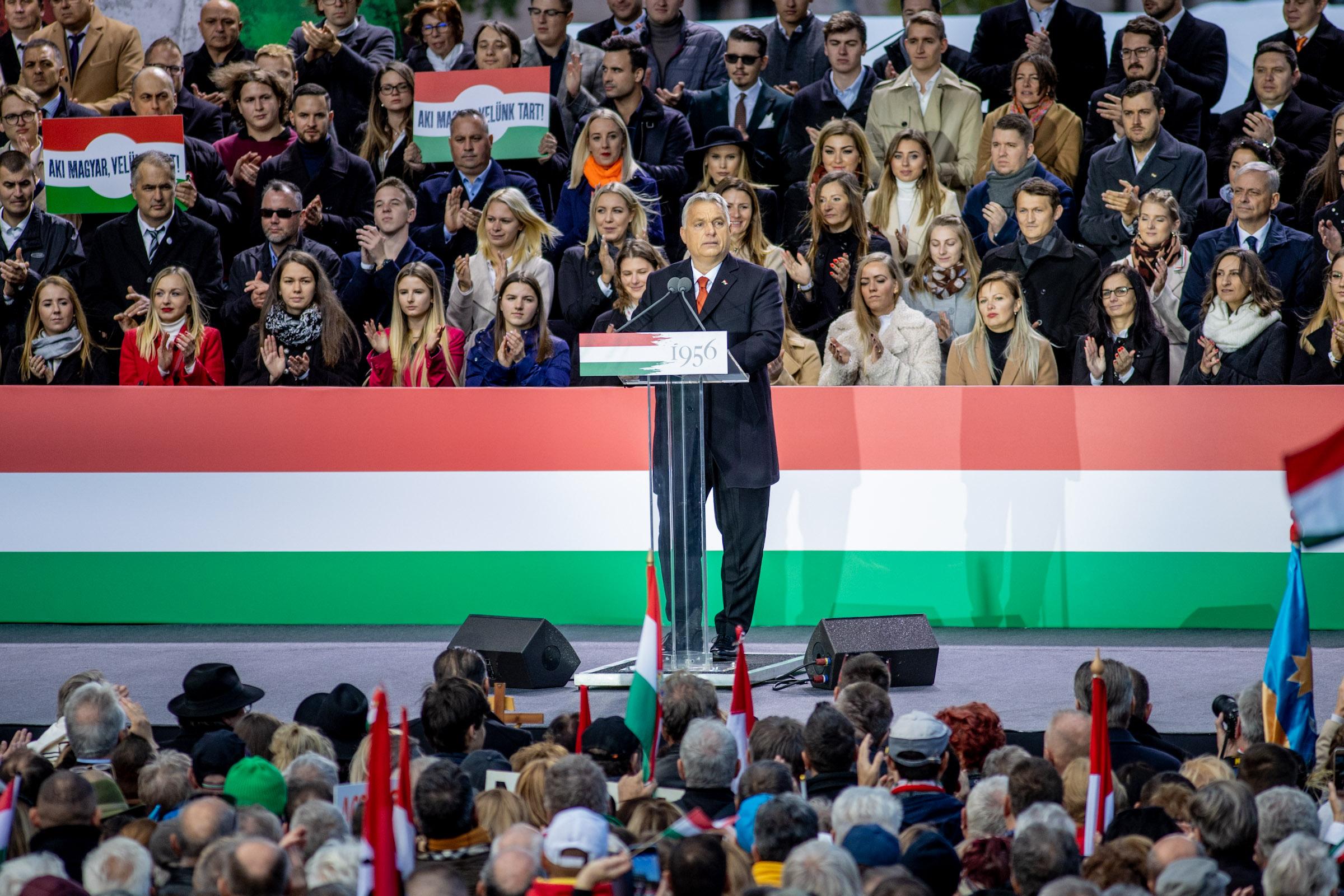 Orbán Viktor: A magyarok sorsáról a magyarok fognak dönteni