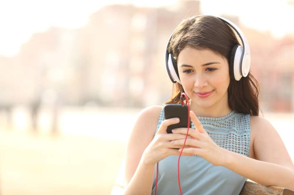 A 4G technológián keresztül folytatott beszélgetések gyönyörű hangminőséget garantálnak.Kép: 123rf.com